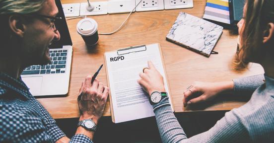 Cumplir con el RGPD paso a paso – La guía definitiva